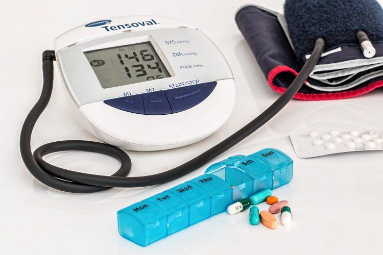 Melyek a magas vérnyomás tünetei? - FREEHUNGARY